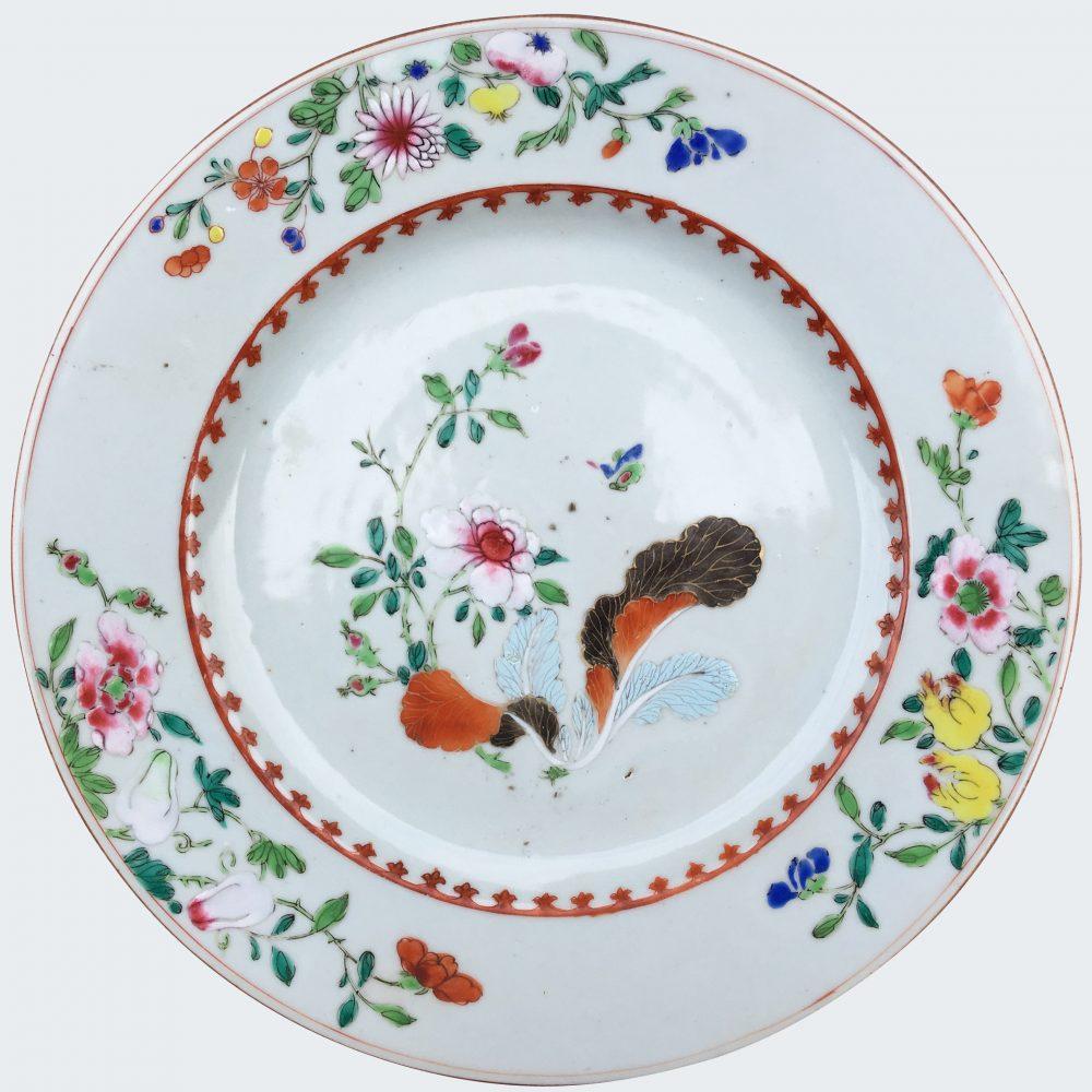 Famille rose Porcelain Late Yongzheng (1723-1735) or early Qianlong (1735-1795), China