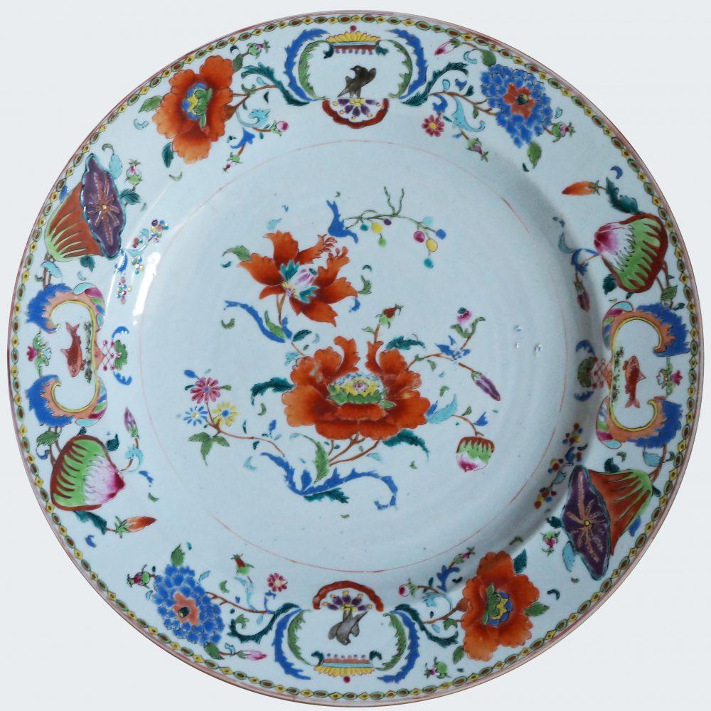 Porcelain Yongzheng period (1723-1735) or Qianlong period (1735-1795), China