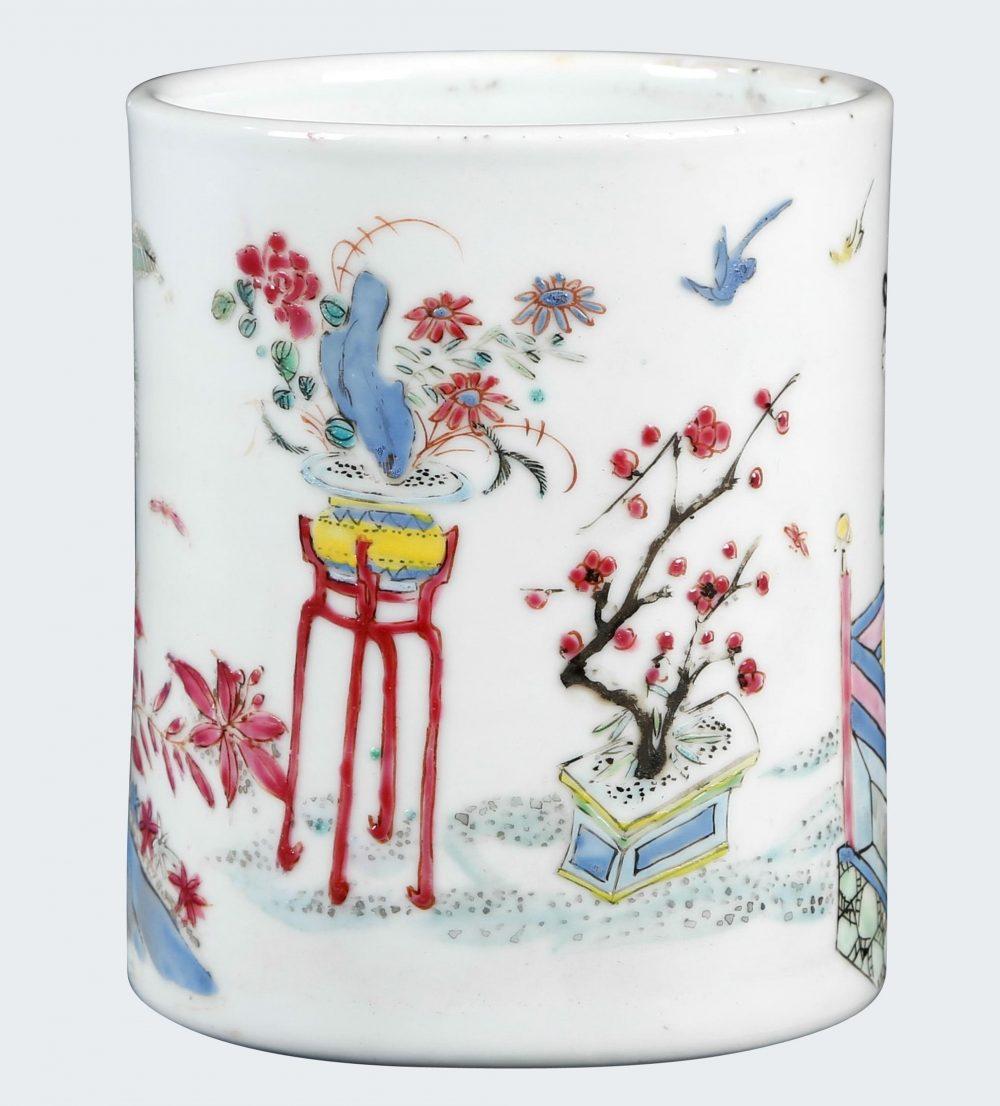 Famille rose Porcelain Qing (1644-1911), China