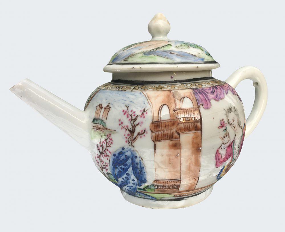 Famille rose Porcelain Late Yongzheng period (1723-1735), early Qianlong period (1736-1795), circa 1735-1740., China