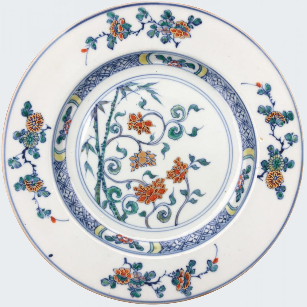 Porcelain Kangxi (1662-1722) or Yongzheng (1723-1735), China