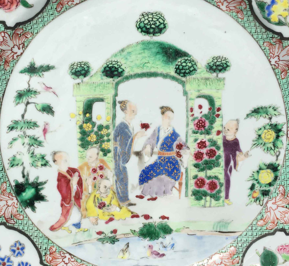 Famille rose Porcelain Qianlong (1736-1795), circa 1740, China
