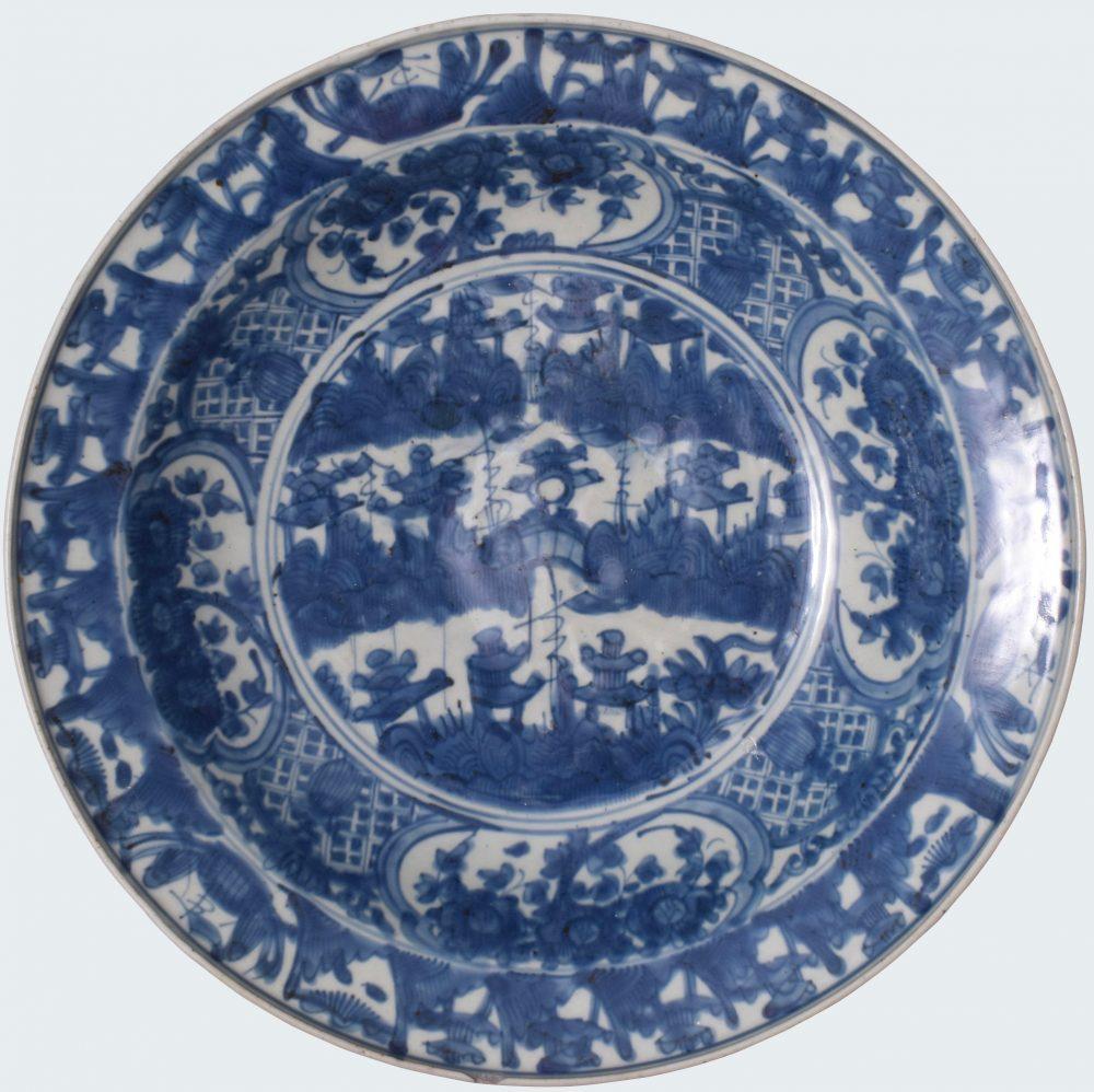Porcelain 16th/17th century , China, Zhangzou prefecture, Fujian Province