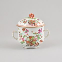 Porcelain Qianlong (1735-1795), circa 1765, China