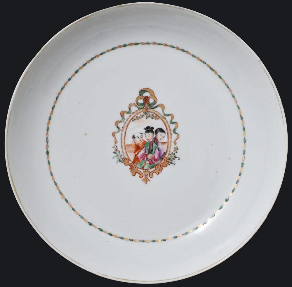 Famille rose Porcelain Qianlong (1735-1795), circa 1780, China