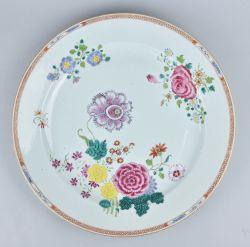 Famille rose Porcelain Qianlong (1735-1795), ca. 1760/70, China
