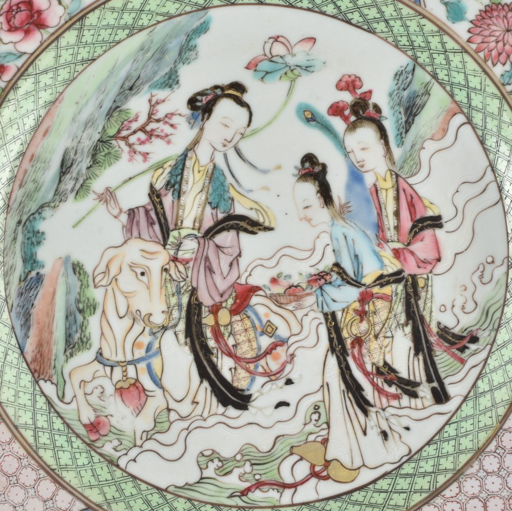 Famille rose Porcelain Yongzheng (1723-1735), circa 1730, China
