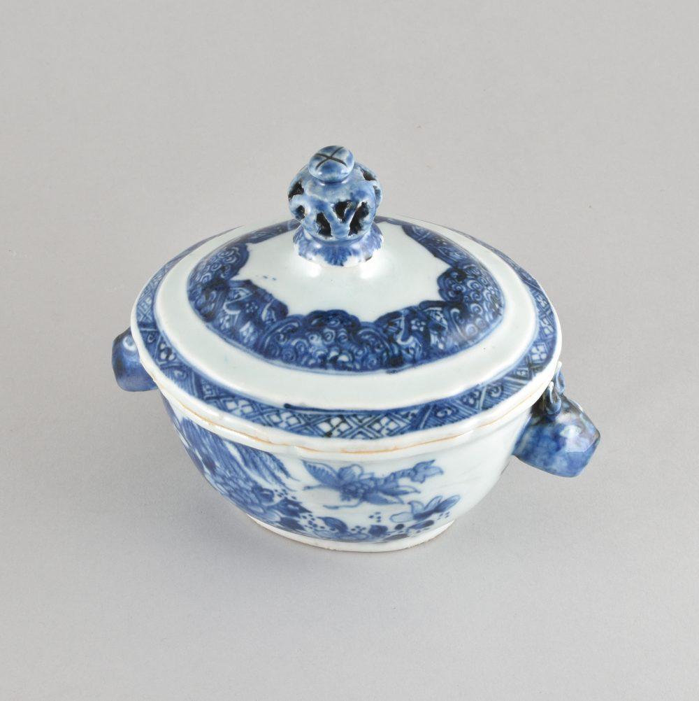 Porcelain Qianlong (1736-1795), ca. 1760, China