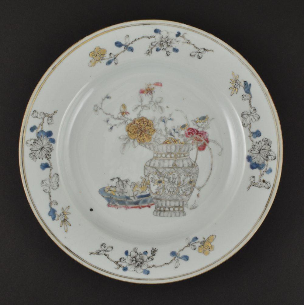 Porcelain Yongzheng period (1723-1735), China